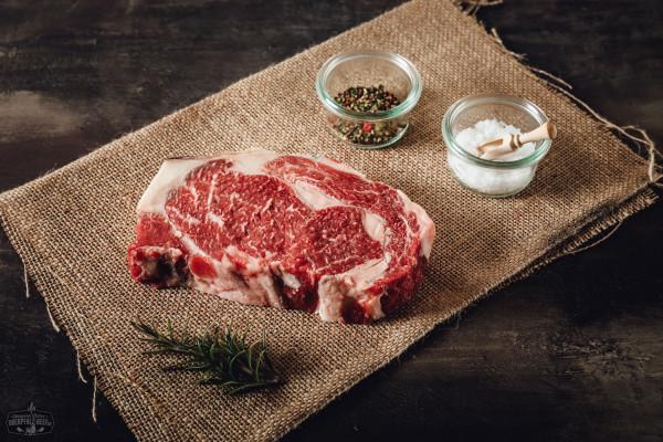 Entrecote, Rib Eye Steak von der Oberpfalz Kuh Dry Aged